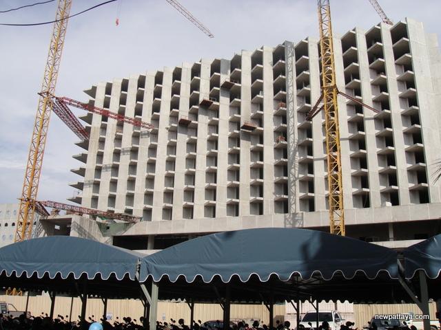TSix5 Naklua Hotel - 6 May 2014 - newpattaya.com