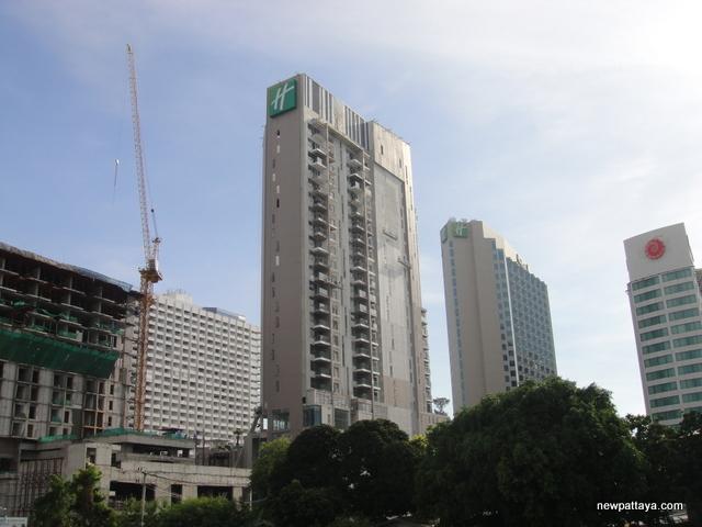 Holiday Inn Tower 2 Pattaya - 6 May 2014 - newpattaya.com