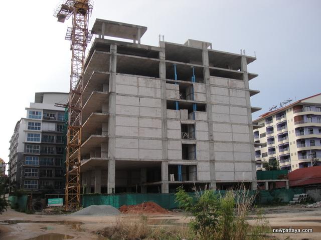 No-Name Hotel behind Avenue Residences - 6 May 2014 - newpattaya.com