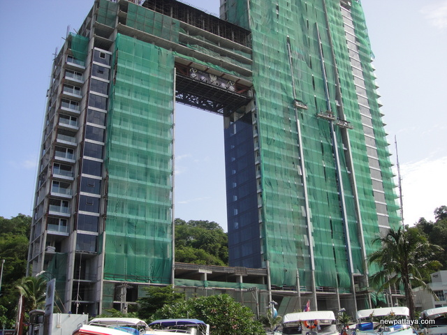 Waterfront Suites & Residences - 27 June 2014 - newpattaya.com