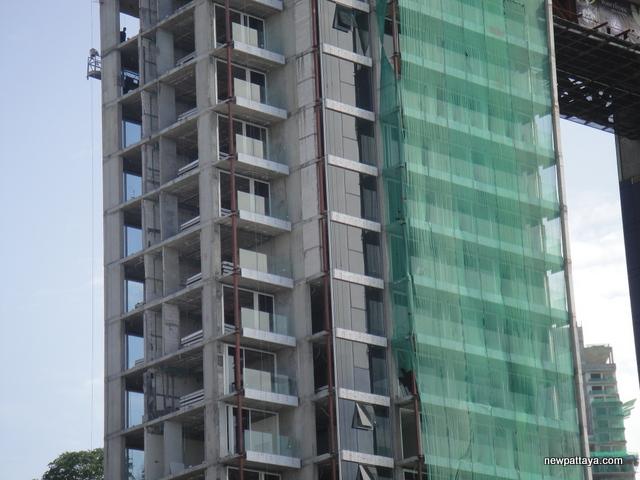 Waterfront Suites & Residences - 27 June 2014 - newpattaya.com