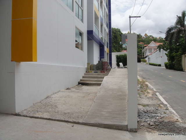 Art on the Hill condominium - 6 June 2014 - newpattaya.com