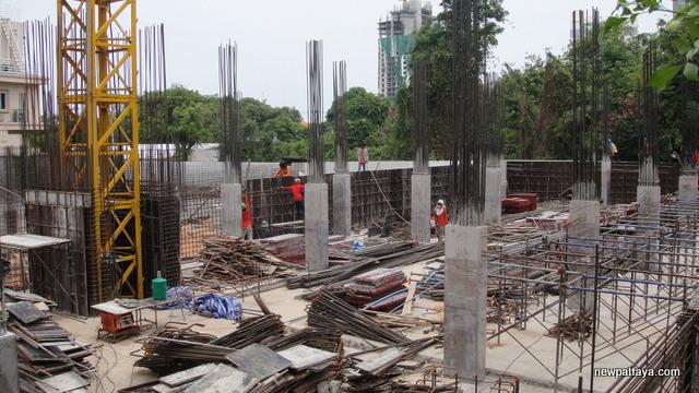 City Garden Pratumnak - 30 June 2014 - newpattaya.com