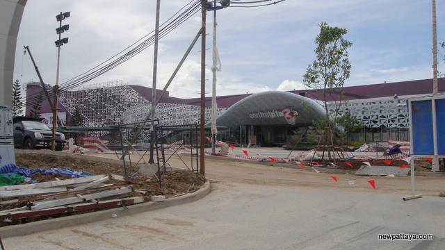 CentralPlaza Salaya - 8 July 2014 - newpattaya.com