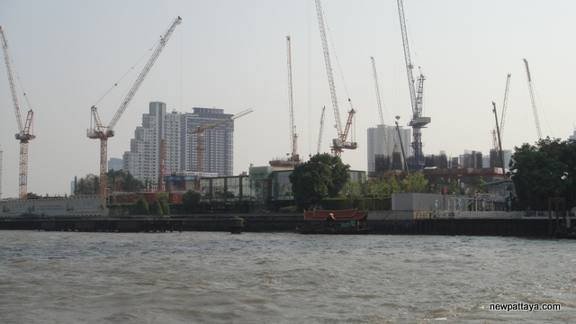 ICONSIAM and Magnolias Waterfront Residences