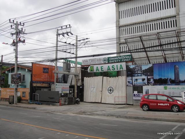 The Gallery Condo BTS Bearing - 14 July 2014 - newpattaya.com