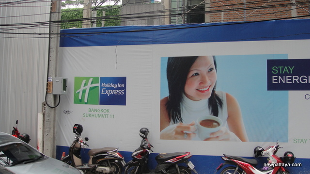 Holiday Inn Express Bangkok Sukhumvit - 30 August 2014 - newpattaya.com