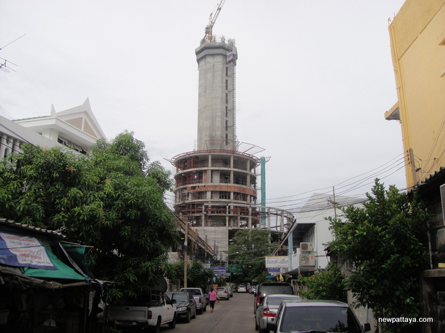 Samut Prakan Observation Tower - 14 July 2014 - newpattaya.com
