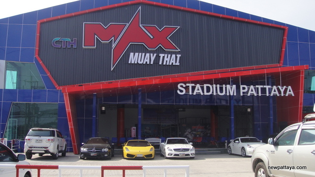 Max Muay Thai Stadium Pattaya - 21 November 2014 - newpattaya.com