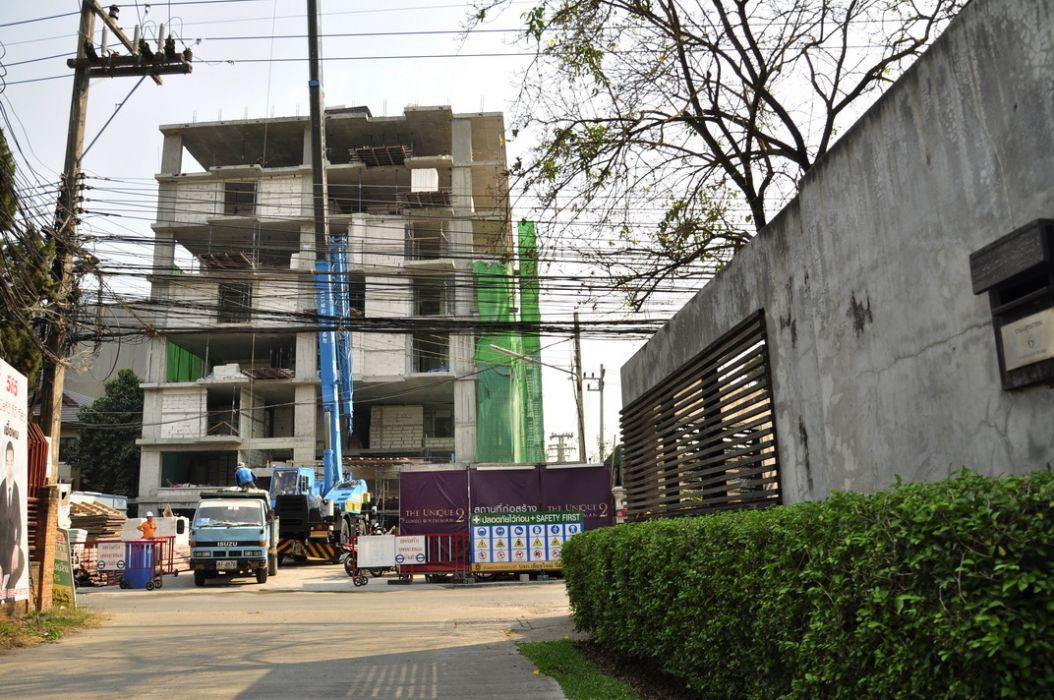 The Unique Condo @ Nimman 2 - Construction March 2014