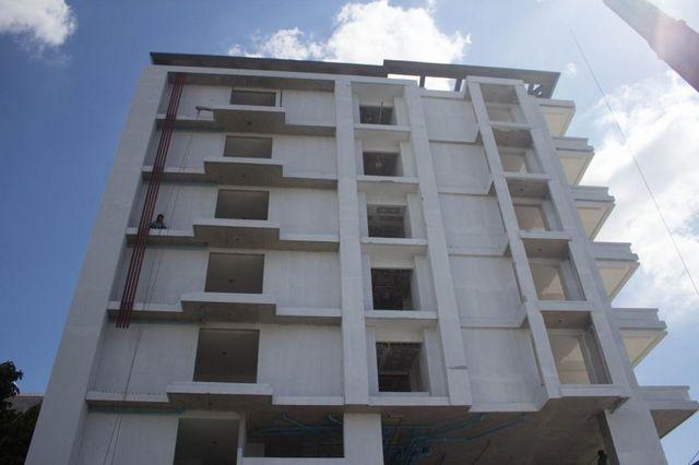 The Unique Condo @ Nimman 2 - Construction October 2014