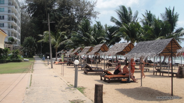 The beach in front of Casuarina Jomtien Hotel