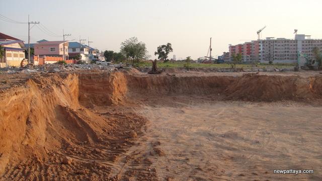 Chokchai Plaza Pattaya - 9 March 2015 - newpattaya.com