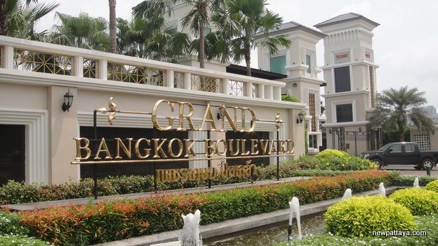 Grand Bangkok Boulevard Phetkasem-Pinklao - 19 March 2015 - newpattaya.com