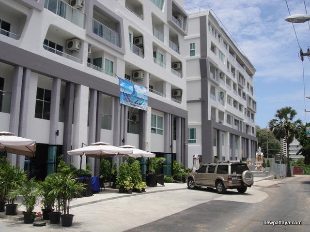 Blue boat design hotel pattaya development promoting for Design hotel pattaya