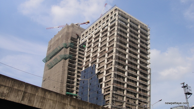 G Land Tower Grand Rama 9