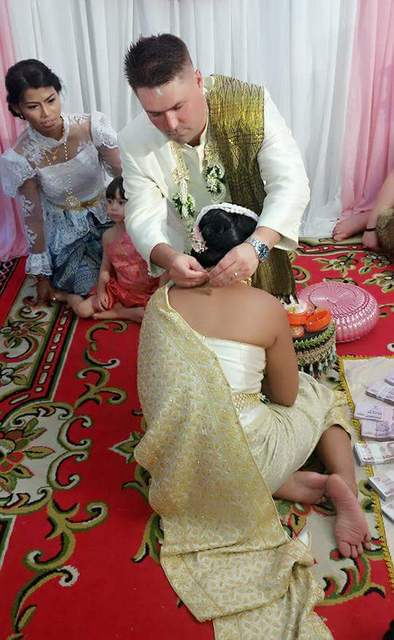 thai-traditional-wedding-10
