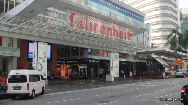 Fahrenheit 88 Shopping Mall